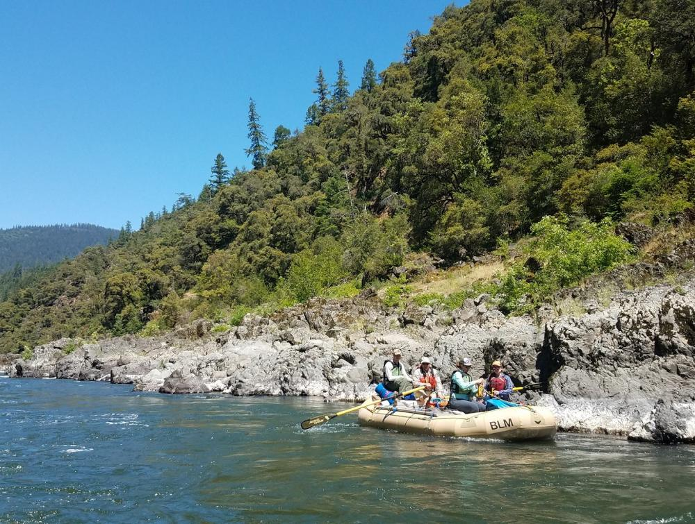 A group of bontanists rafts the Rogue River